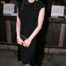Dita Von Teese legfőbb ismertető jegyei a fekete ruha és a vörös rúzs.