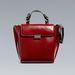 Geometrikus szettekhez passzoló táska a Zarában 9995 forint.