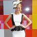 Scherri-Lee Biggs dél-afrikai származású ausztrál modell peplum szerelésben