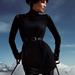 H&M: szegecses vállú ruha 8990 forint. Ha a ruha díszített, már nem is kell külön ékszerekkel feldobni.