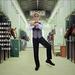 Az ismert tánclépés sem maradt ki a kampányanyagból.