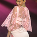 Rihanna rózsaszínben a Victoria's Secret Shown