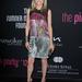Michelle Pfeiffer 54 éves, filigrán alkat: akinek ilyen sportos alakja van, vállaljon be nyugodtan nagy mintás, feltűnő ruhákat.