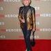 Tippi Hedren, 82  éves színésznő bemutatja, hogy kell mintás zakóban menőnek lenni.