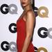 Rihanna lesimított frizuráját pár-perc alatt el lehet készíteni.