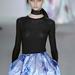 Raf Simons első Dior kollekciójához mi sem tudnánk elképzelni jobbat, mint egy-két Martinit.