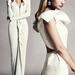 Tüllt és habokat nélkülöző menyasszonyi ruhák a Net-a-Porteren