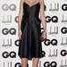 Lara Stone a Calvin Klein arcaként értelem szerűen egy Calvin Klein Collection-darabot választott.