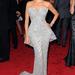 A Met gálán is kitett magáért a Modern család című sorozat színésznője.  Jobban állt neki a Marchesa 2012-es tavaszi ruhája, mint egy modellnek.