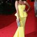 Solange Knowles-t főként Beyoncé testvéreként szoktuk emlegetni, pedig ismert énekes- és színésznő Amerikában. A 2012-es májusi Met gálára egy sárga Rachel Roy estélyiben érkezett, a Huffington Post szerzői emiatt a ruha miatt válogatták be a legjobban öltözöttek közé.