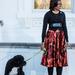 Az amerikai First Lady stílusa sokakra hatással van: november 23-án ebben a szettben vett részt a Fehér Ház hivatalos karácsonyfájának bemutatásán.