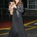 Miranda Kerr általában szívesen mutogatja a lábát még télen is. Ez most a kivétel, ami erősíti a szabályt.
