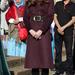 Október 10: Newcastle upon Tyne-ban egy közösségi kertet látogatott meg a hercegnő bordó kabátjában.