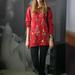 Lina a Práter utcia vintage boltban vett magának pulóvert