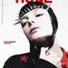 Mihalik punk szabadságszoborként a Huge Magazinban: nem áll tőle távol a szadomazo, ahogy a 25 kisfilmjében is láthatjuk.