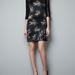 Dolce & Gabbana féle állatos ruha a Zarában 12.995 forint.