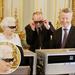 II. Erzsébet a csillámos 3D szemüvegben