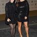 Pötty: Kourtney és Kim Kardashian kivételesen peplum nélkül.