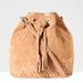 Ez a táska pont jó lesz a nyári fesztiválokra: Stradivarius 6995 forint.