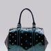 Bershka: ez a táska kcisit emlékeztet Abodi Dóra termékeire, persze nem olyan szép. De leárazva csak 6995 forint.