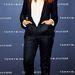 Jessica Alba fehér ingben a Tommy Hilfiger partin.