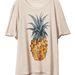Irónia: ananász a felsőn, minek? H&M tavaszi kollekció amúgy.