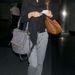 Alessandra Ambrosio modell lazán öltözve
