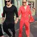 Jennifer Lopez és Casper Smart tréningruhában sétálnak Londonban
