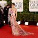 Versace szoknya, lábvillantással: olyan 2012-es...