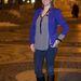 Kabát nélkül hideg van, de a kék blézer elég jól néz ki.
