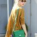 Taylor Swift a vörös szőnyegen kívül, frufrusan
