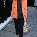Olivia Palermo színes kabáttal dobja fel az egyhangú telet.