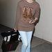 Diane Kruger állatos kasmír pulcsiban