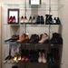 A Mangónál méretek szerint rendezték el a cipőket és mind 50%-kal van leértékelve.