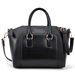 Romwe táska, 11700 forint, műbőr, de fekete, tehát mindenhez megy.
