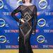 Coco Rocha időtlen hollywoody szerelésben és frizurával érkezett a modell kereső premierjére