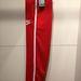 A klasszikus piros Nike melegítőalsó szintén 8500 forint körül kapható. De ki akar ilyet venni 2013-ban?