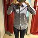 Mustang: nagyon menő női ingek vannak, ottjártunkkor mégis csak férfiak válogattak az üzletben. Ez 4490 forint