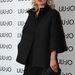 Kate Moss feketében a Milánó Divathéten 2012 őszén