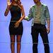 A kapszulakollekció március 5-től kapható a River Island boltjaiban. Rihanna boldogan integet a show után.
