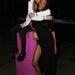 A hirtelen népszerű lett  Cara Delevingne Jourdan Dunn modellel várta a show végét, hogy együtt menjenek bulizni Rihannával.