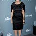 Amy Poehler, a Városfejlesztési osztály színésznője Prada ruhát, Giuseppe Zanotti cipőt, és Ippolita fülbevalót viselt.