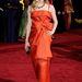 Seyfried 2009-ben piros Valentino estélyiben jelent meg az Oscaron.