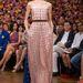 Ennek megfelelően esélyes, hogy idén is valami krémszínűt választ, például egy Christian Dior Haute Couture ruhát.