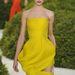 A kifutón ilyen volt a ruha: bár a jósok szerint Diorban jelenik meg az Oscaron is, már biztos nem ebben a ruhában.