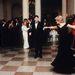 A hercegné épp John Travoltával táncol a Fehér Házban.