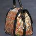 Dolce & Gabbana táska közelről.