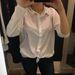 H&M pamuthátú ing, 3990 forint, de az S-es is akkora, mint máshol az L-es.