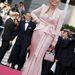 Faye Dunaway a trendek előtt járt: 2008-ban, Cannes-ban ez még súlyos ruházati bakinak számított.