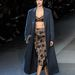 Egyforma hajú modellek és melankólikus hangulat a Louis Vuitton shown